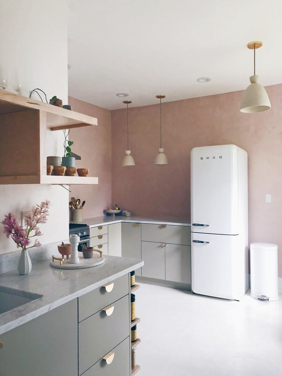 This Blogger's IKEA Kitchen Makeover Is Budget-Friendly *and* Fancy #kitchentips