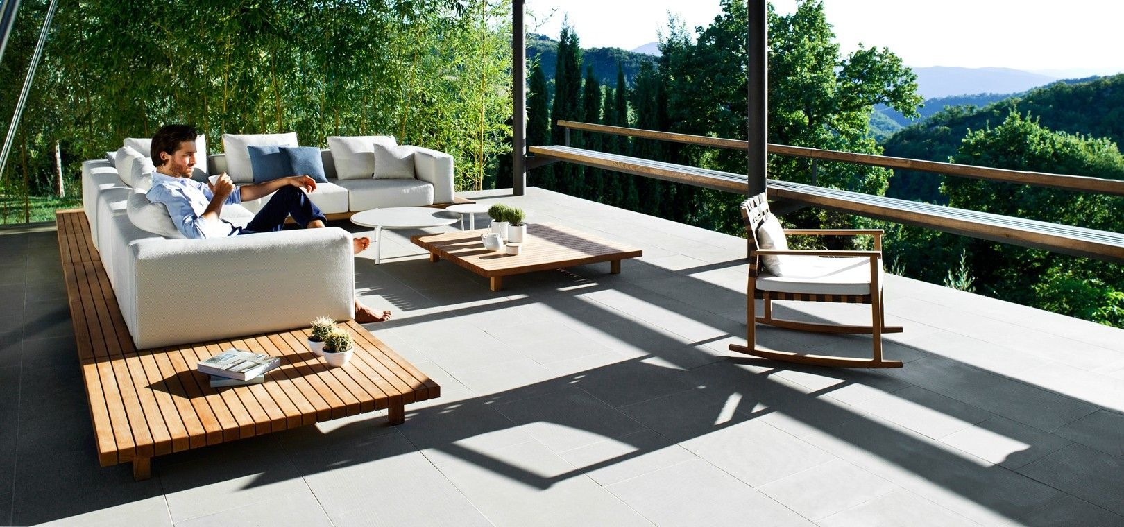 Outdoor Lounge the vis à vis sofa from tribù is an exclusive outdoor lounge sofa