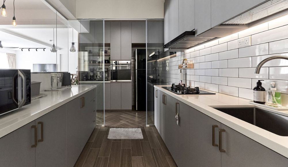 The Great Divide 7 Wet And Dry Kitchen Ideas In Singapore In 2020 Kitchen Ideas Hdb Galley Kitchen Layout Galley Kitchen