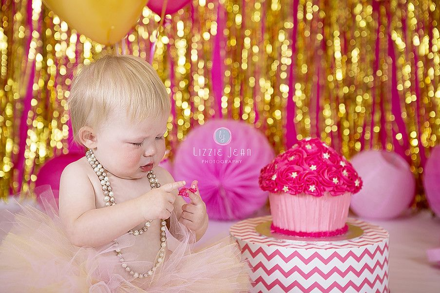 Pink gold cake smash professional photographer melbourne photographer werribee newborn photography cheap photographer werribee cake smash