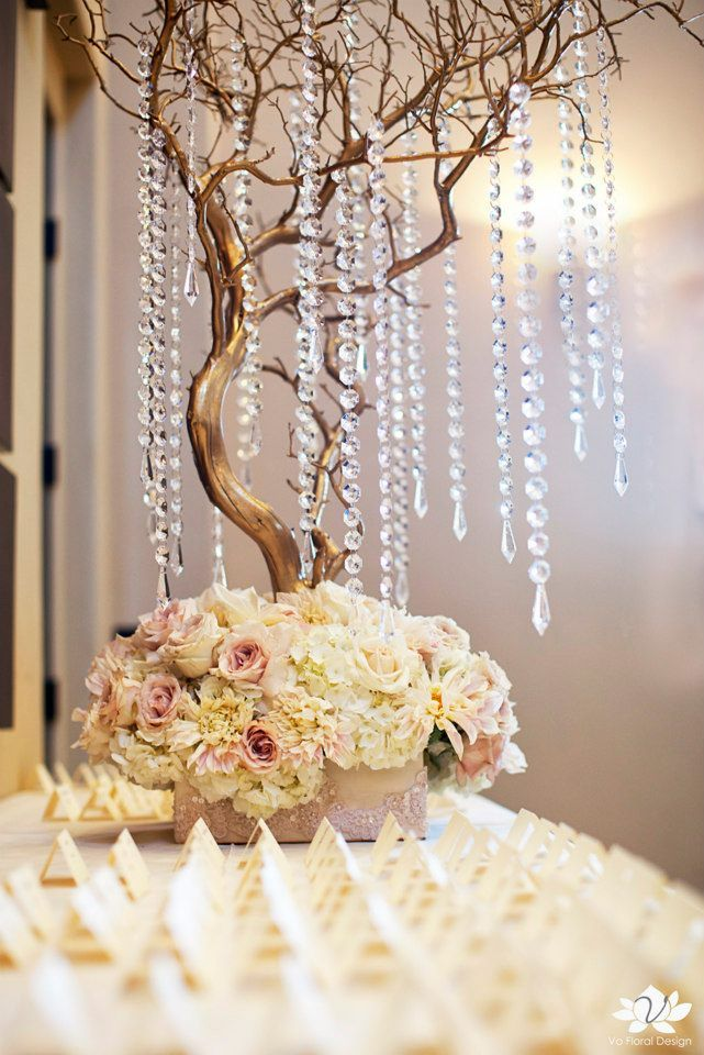 Gold Manzanita Centerpieces I Think I Ll Do This For The Cake