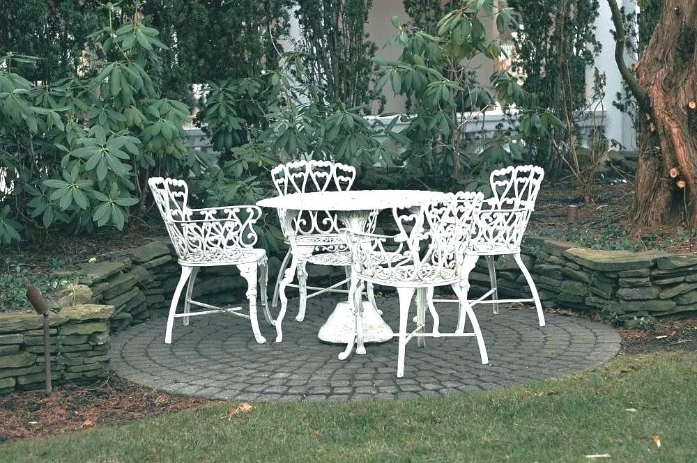 Ideas To Arrange Wrought Iron Patio Furniture Furniture