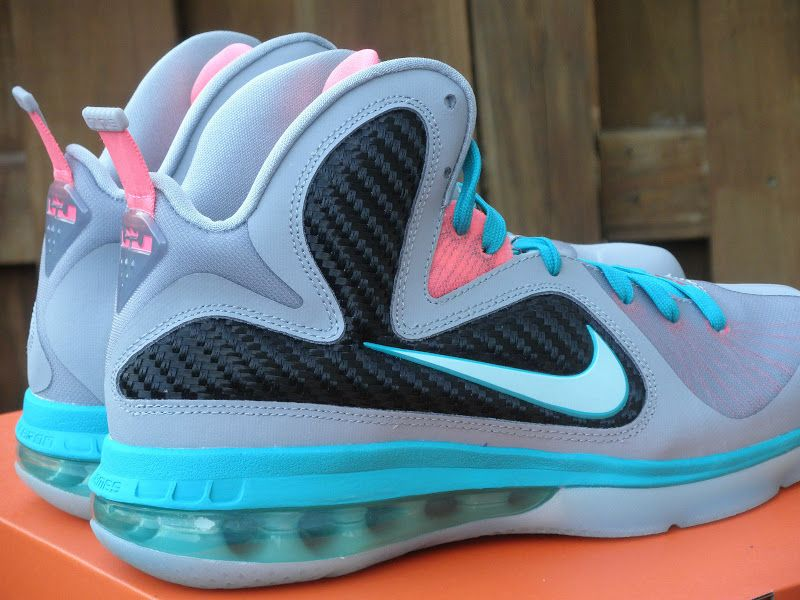 ... the sale of shoes 8b836 6df81 Nike LeBron 9 Kids GS Miami Vice ... eece60ccf9