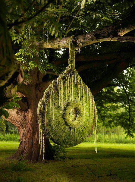 Wondrous Willowy Sculpture Designed By Dutch Master