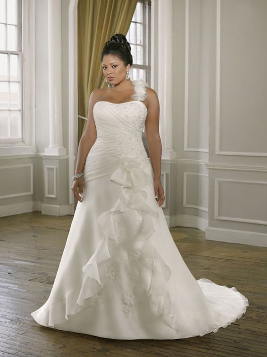 Plus Size Wedding Dress Yes Please Pinterest Wedding Dress