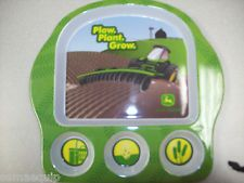 JOHN DEERE DINNER PLATE, PLOW, PLANT & GROW WITH COMPARTMENTS, 9 X 9 INCHES,