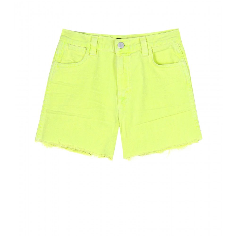 I've been loving the lime colour this summer season!