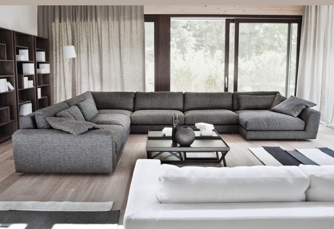 Modern Grey Living Room With Big Sectional Sofa Big Living Room
