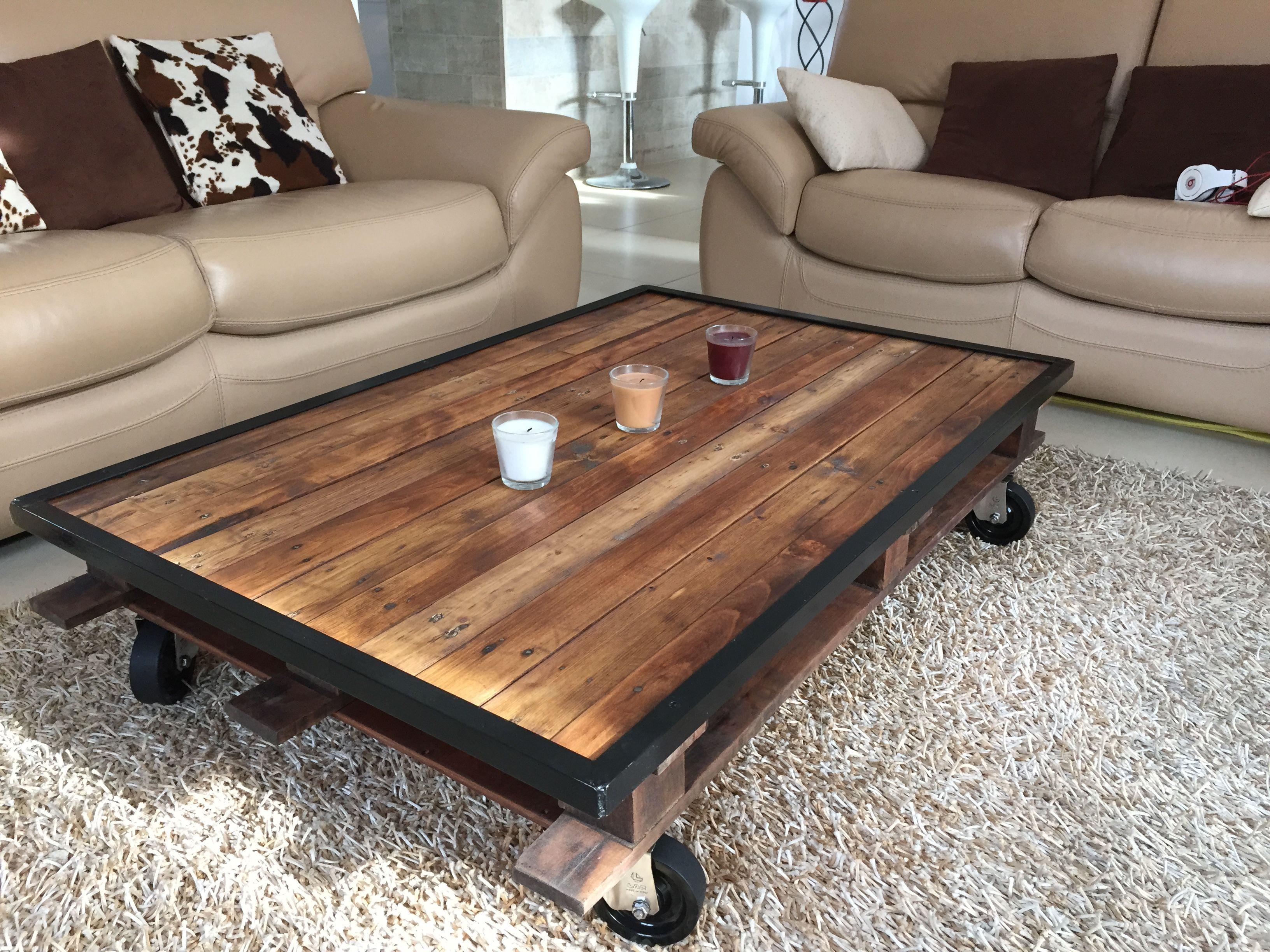 Industriel Table Basse Palette table palette avec cornière acier noir   table basse