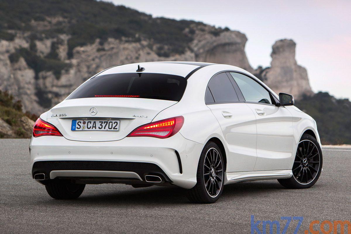 Mercedes-Benz Clase CLA CLA 250 4Matic (211 CV) Gama Clase CLA Turismo Blanco Cirro Exterior Posterior-Lateral 4 puertas