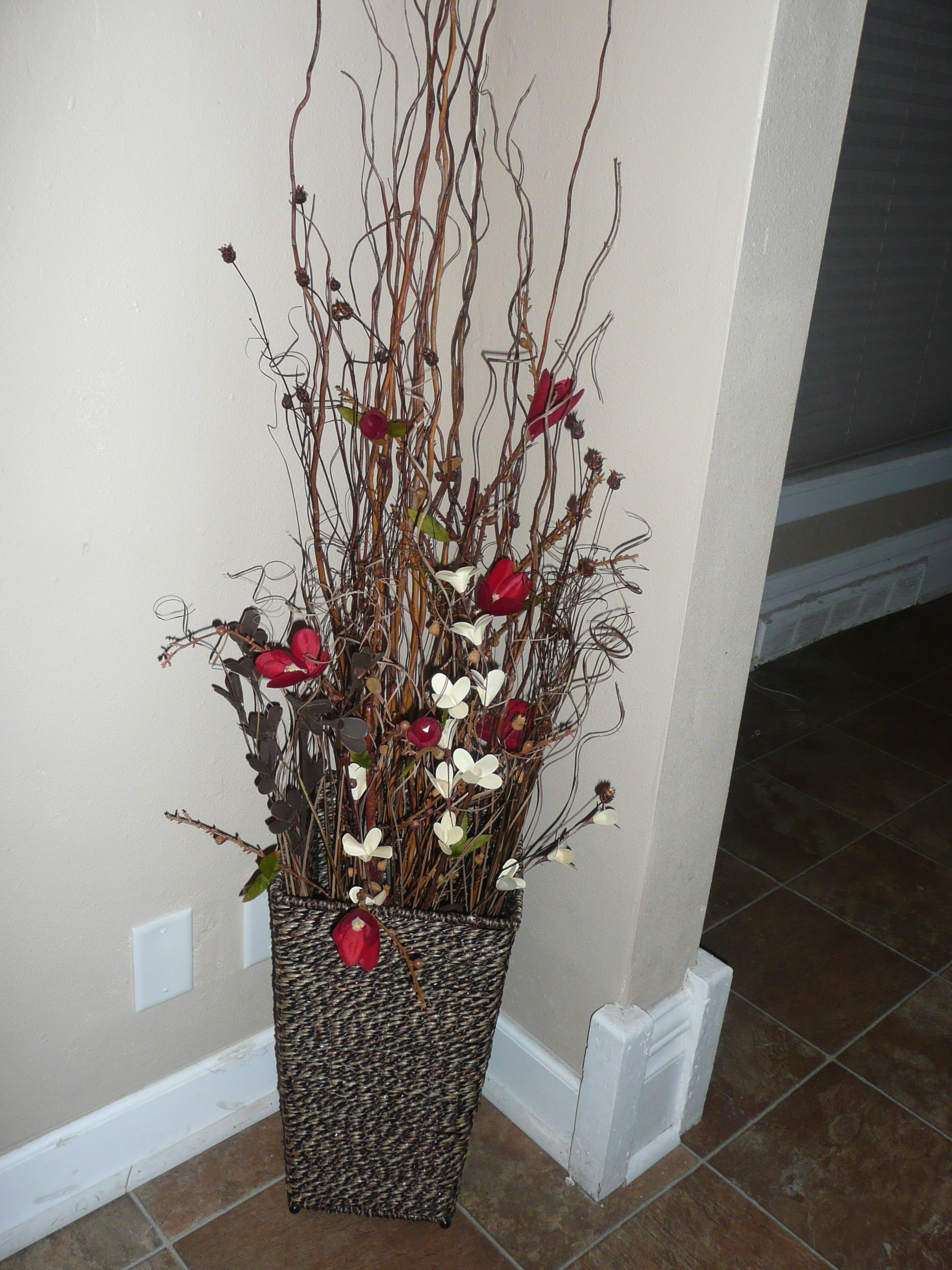 Dried Flowers In Arrangement Fall Winter Style Dried Flower Arrangements Christmas Urns Dried Flowers