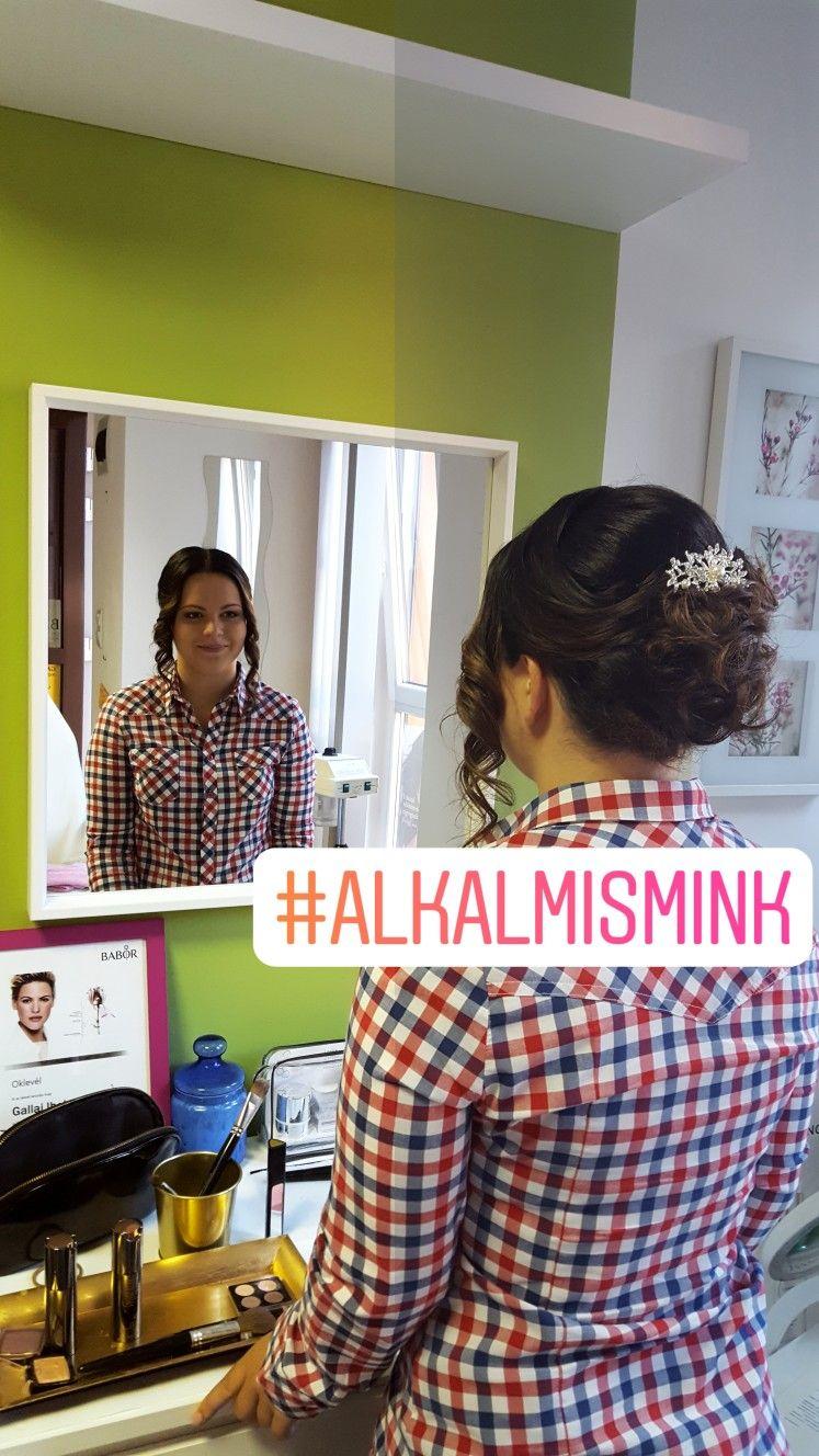 Photo of Uformell sminke og frisyre