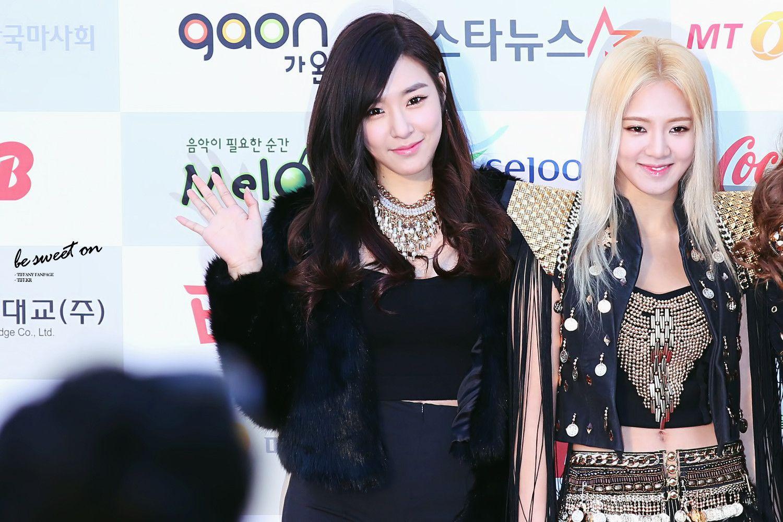 SNSD Tiffany and HyoYeon