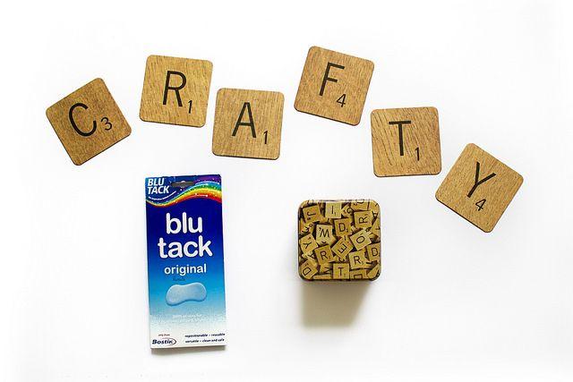 A Quick Scrabble To Decorate | Eskimimi Makes - tutorial for Scrabble tile wall art
