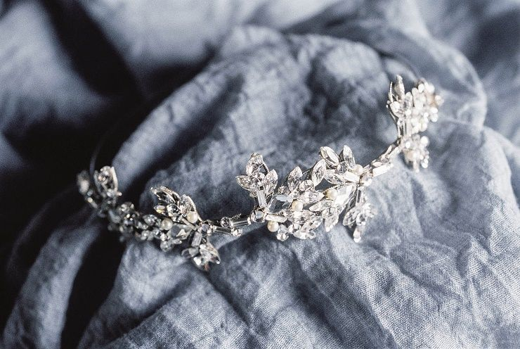 Bridal Accessories for a bridal inspiration shoot full of old world charm | itakeyou.co.uk