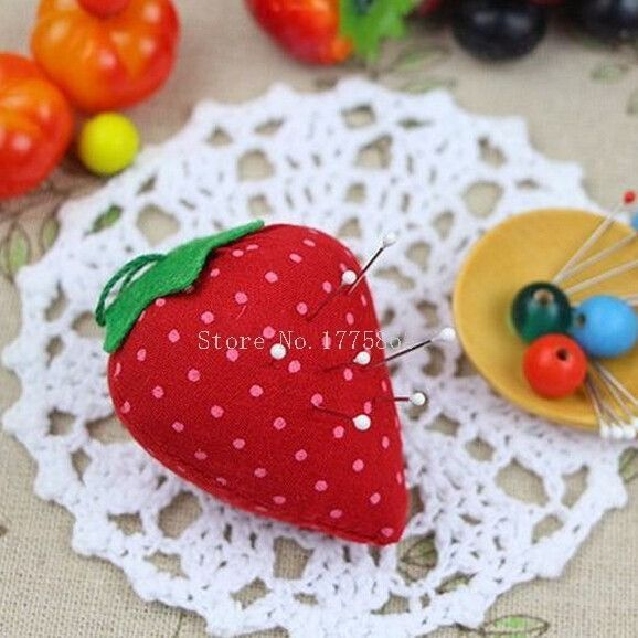 SPHTOEO 5PCS DIY Craft Strawberry Pin Cushion Needle Holder Sewing Kit
