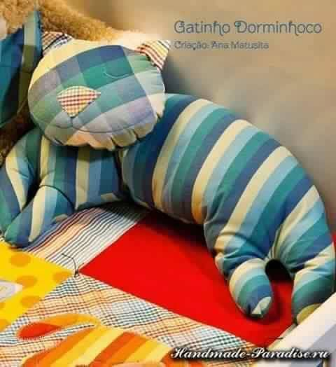 Creative DIY Pillow Ideas & Creative DIY Pillow Ideas | Creative Look. and All. pillowsntoast.com