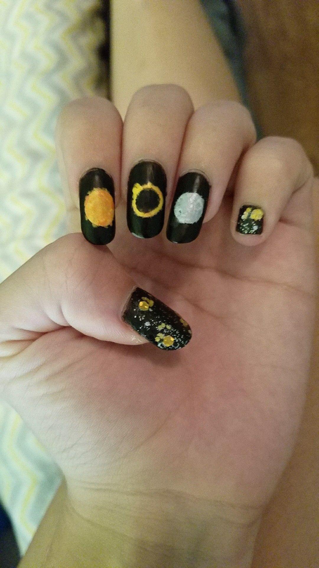 Eclipse Nail Art (by Monoose) | My Nail Art | Pinterest
