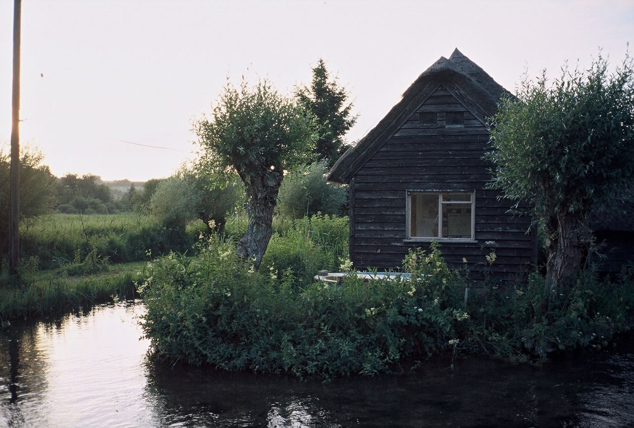 Thatched cabin on The River Test, England. Contributed by Richard Gorodecky.