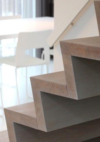Escalier en bois \u2022 moderne \u2022 Photo wwwhuyzentruytbe ⌂ Portes - escalier interieur de villa