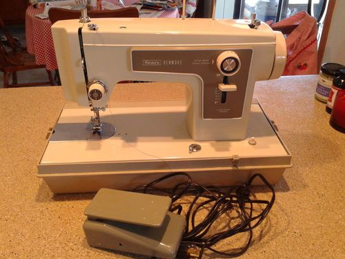 Graham and Brown 57218 Darcy Wallpaper, Pearl | Machine embroidery ... : embroidery quilting sewing machine - Adamdwight.com