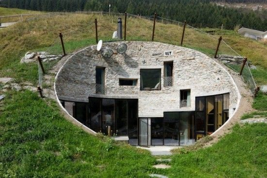 Amazing House Inside a Mountain (Gallery) – Oddy Central ...