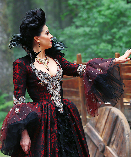 Once Upon A Time Costumes: Once Upon A Time. Evil Queen Tumblr