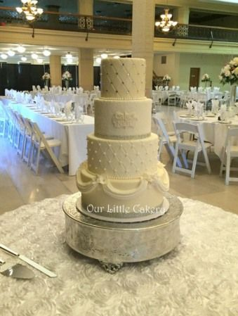 White And Silver Wedding Cake Fresno CA At The Grand 1401