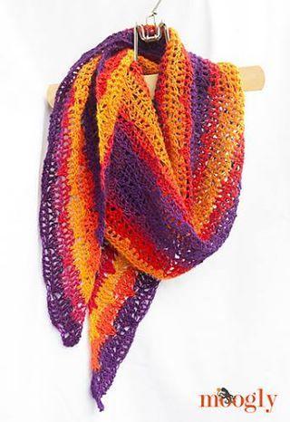 Free #crochet pattern at http://www.mooglyblog.com/sunset-shawlette/