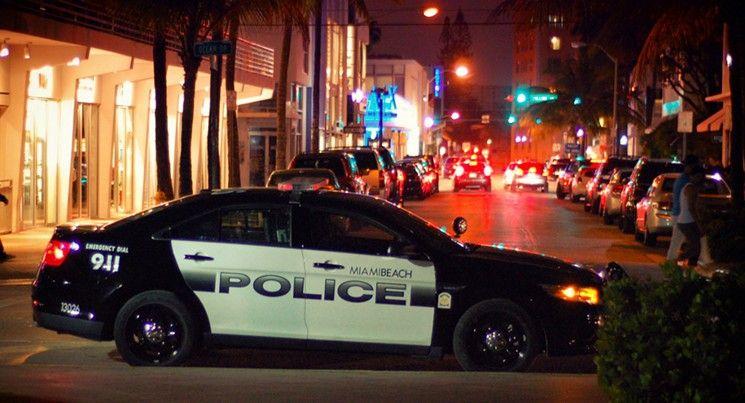 Miami Beach Police Officers Will Have 40 Bean Bag Shotguns At Their Disposal Lives Will Be Saved Miami Beach Police Beach