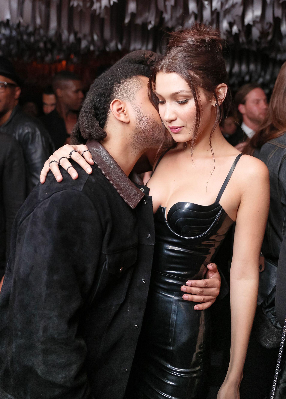 Bollywood actress hot sexy boobs