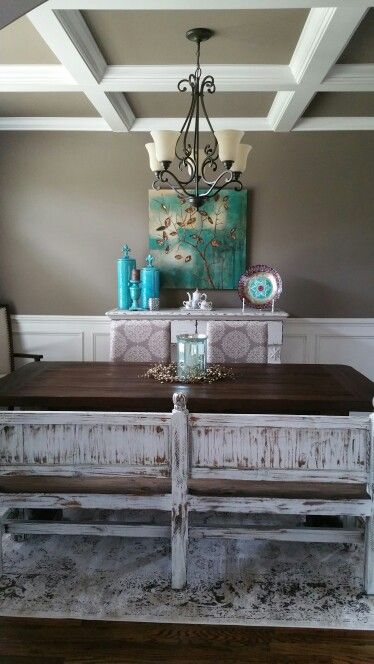 Love this dining room!   Entryway tables, Decor, Dining room