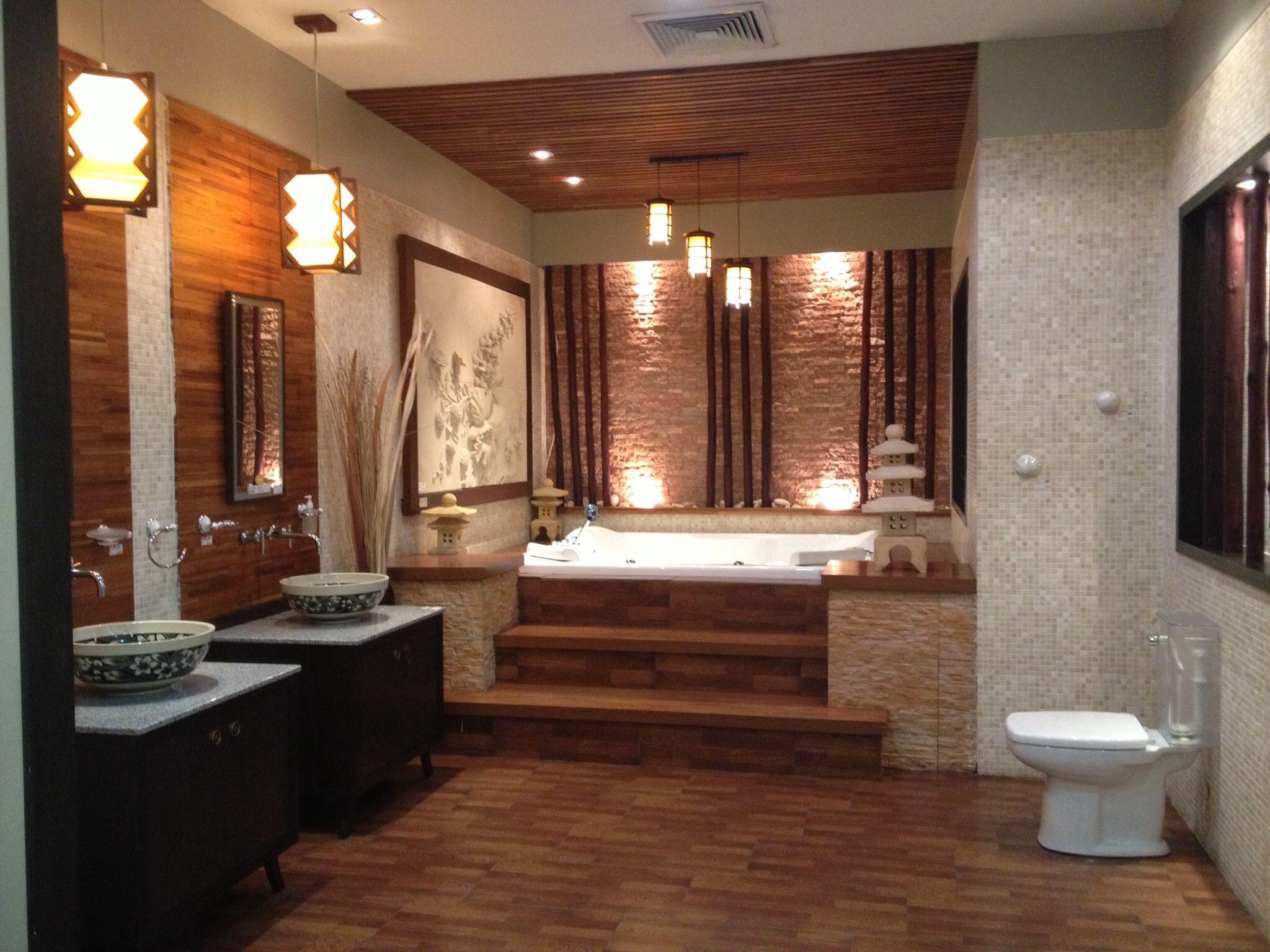 Bathroom with jacuzzi | Framed bathroom mirror, Bathroom ...