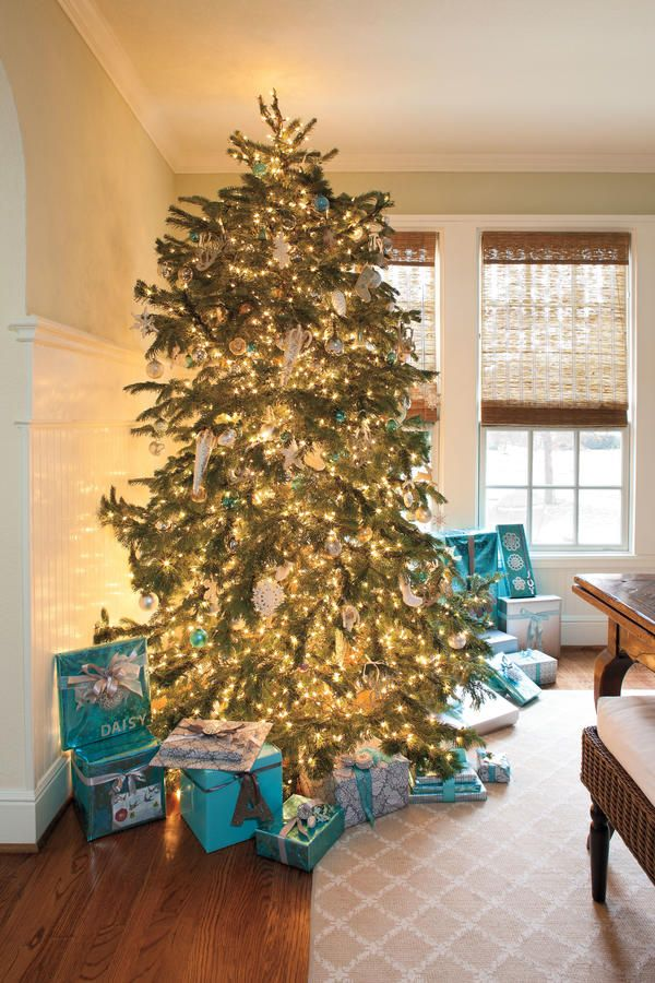 Our Favorite Holiday Drama Gorgeous Trees! Christmas trees