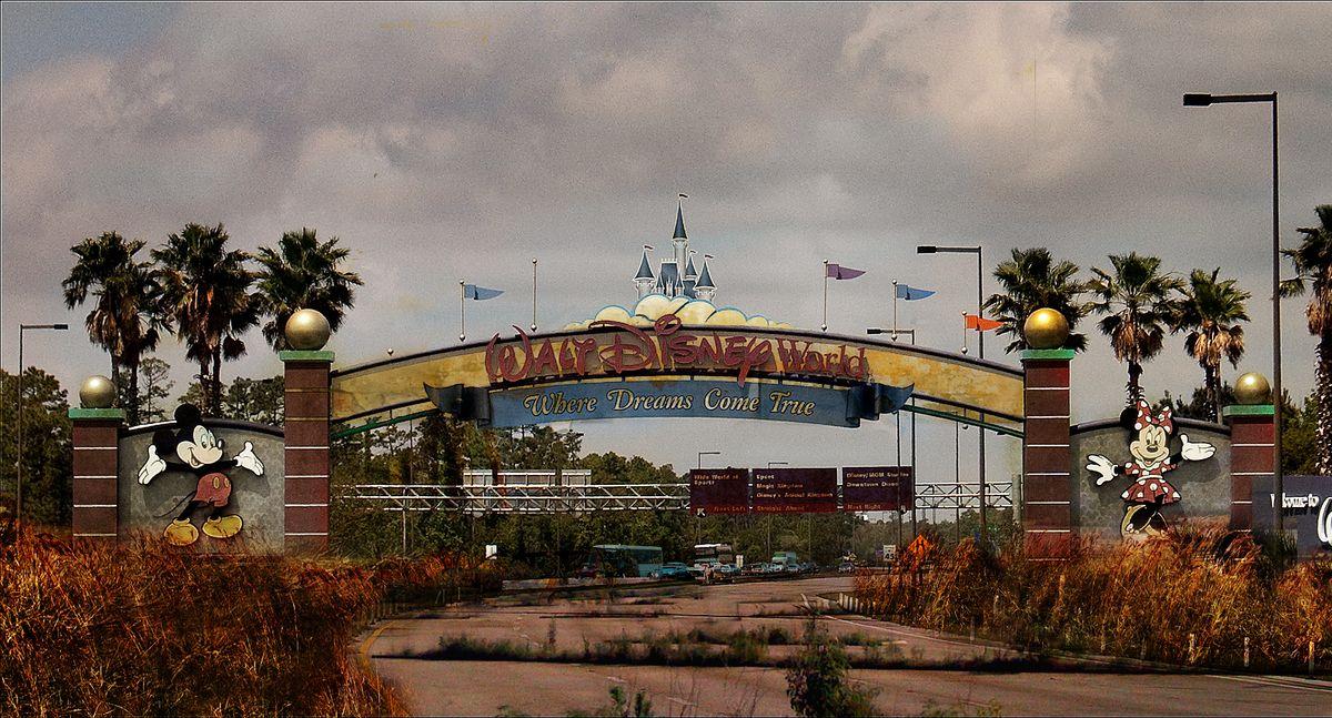Artists Abandoned Disney World Is A Whole New World Of Creepy