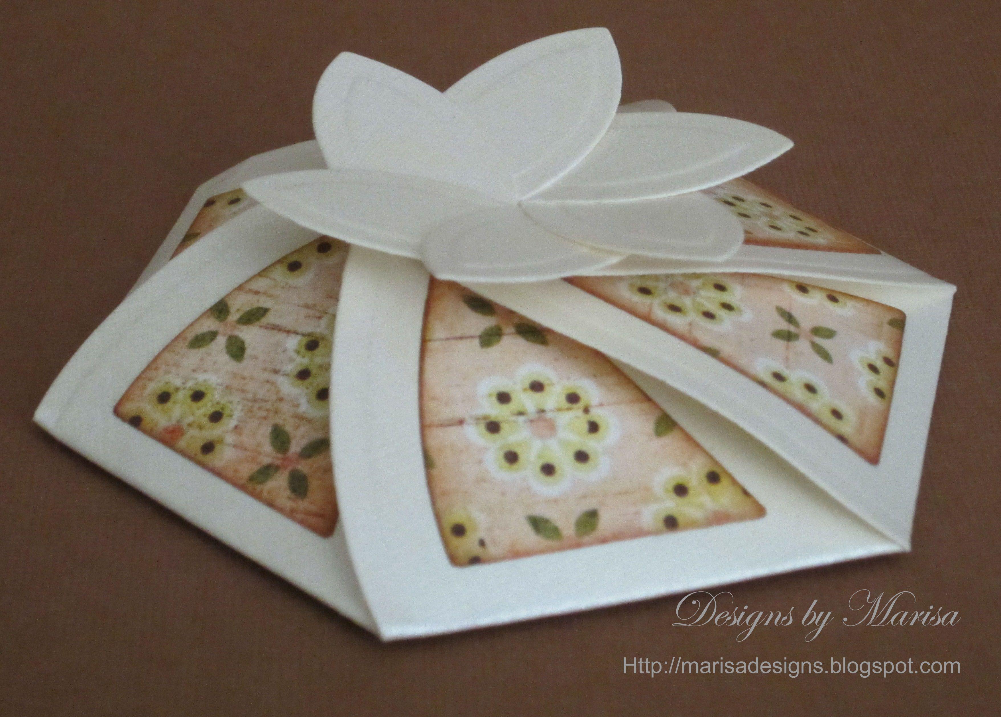 Hexagon Pinwheel Top Box\
