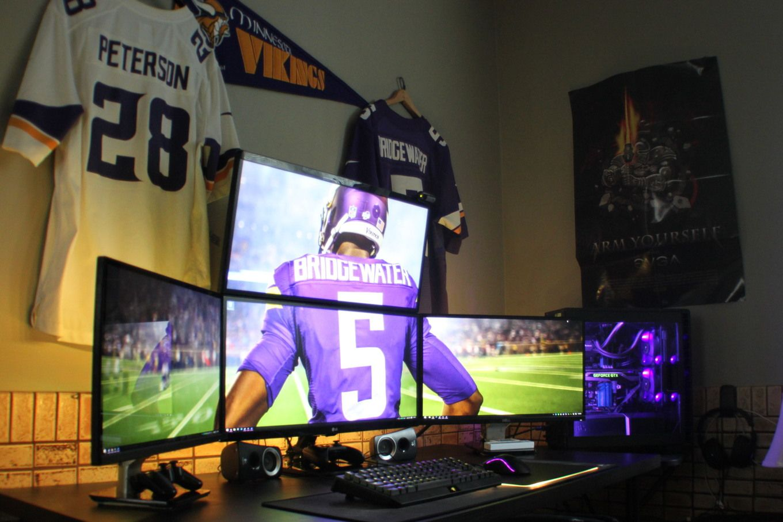 Minnesota Vikings Themed Quad Monitor Dual 21 9 Setup Very Hy With