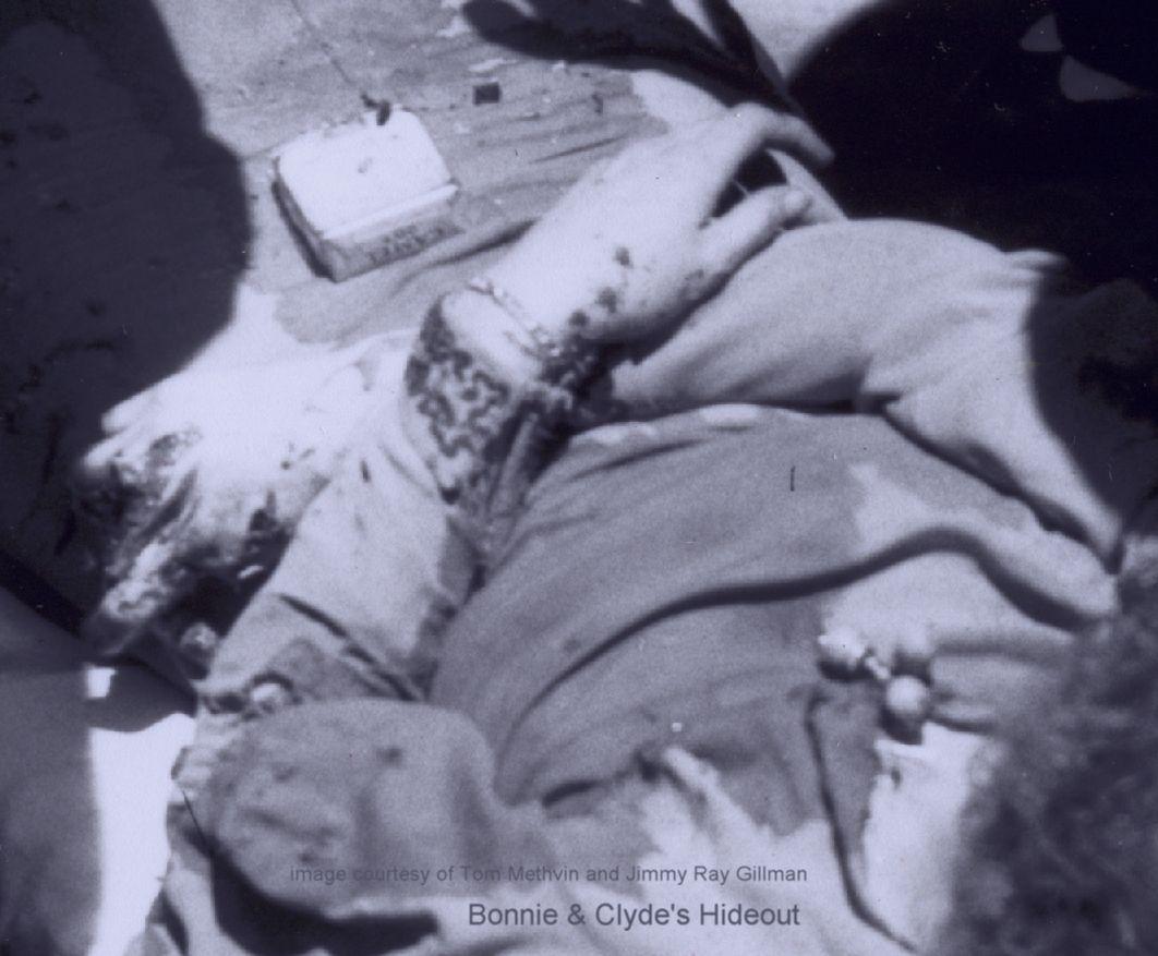 Bonnie Parker Photo Death   closeup camels   Bonnie ...