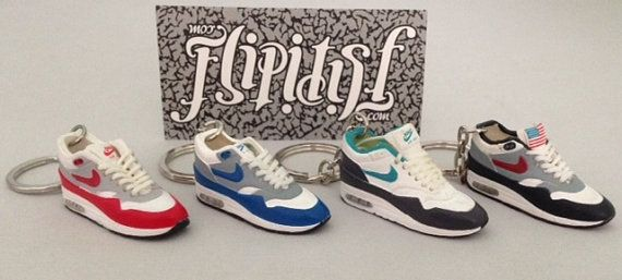 Mini sneaker shoe 3d keychain Nike Air max 1 models original ... 3b8f356e5