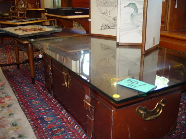 Awesome & unique coffee table! #trunks 1309 Del Paso Blvd. Sacramento