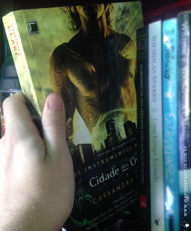 Resenha #1 Cidade dos ossos - Cassandra Clare