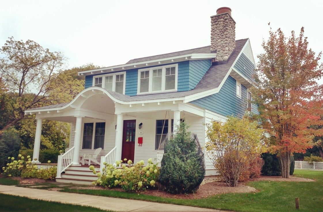 Harbor Springs cottage by The Cottage Company