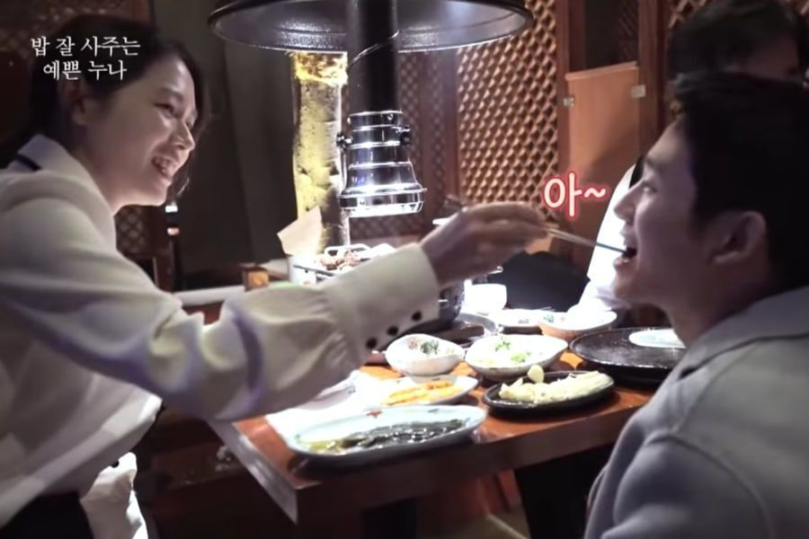 """Watch: Son Ye Jin And Jung Hae In Take Care Of Each Other In """"Pretty Noona Who Buys Me Food"""" Making-Of Video"""