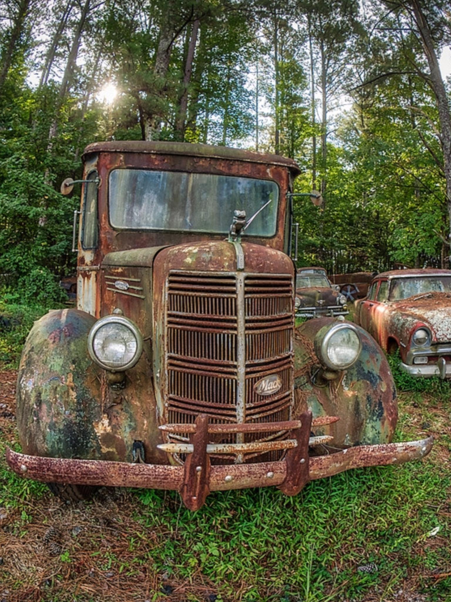 Rusted Truck, oldcarcity. Atlanta, Georgia. Source Facebook.com ...
