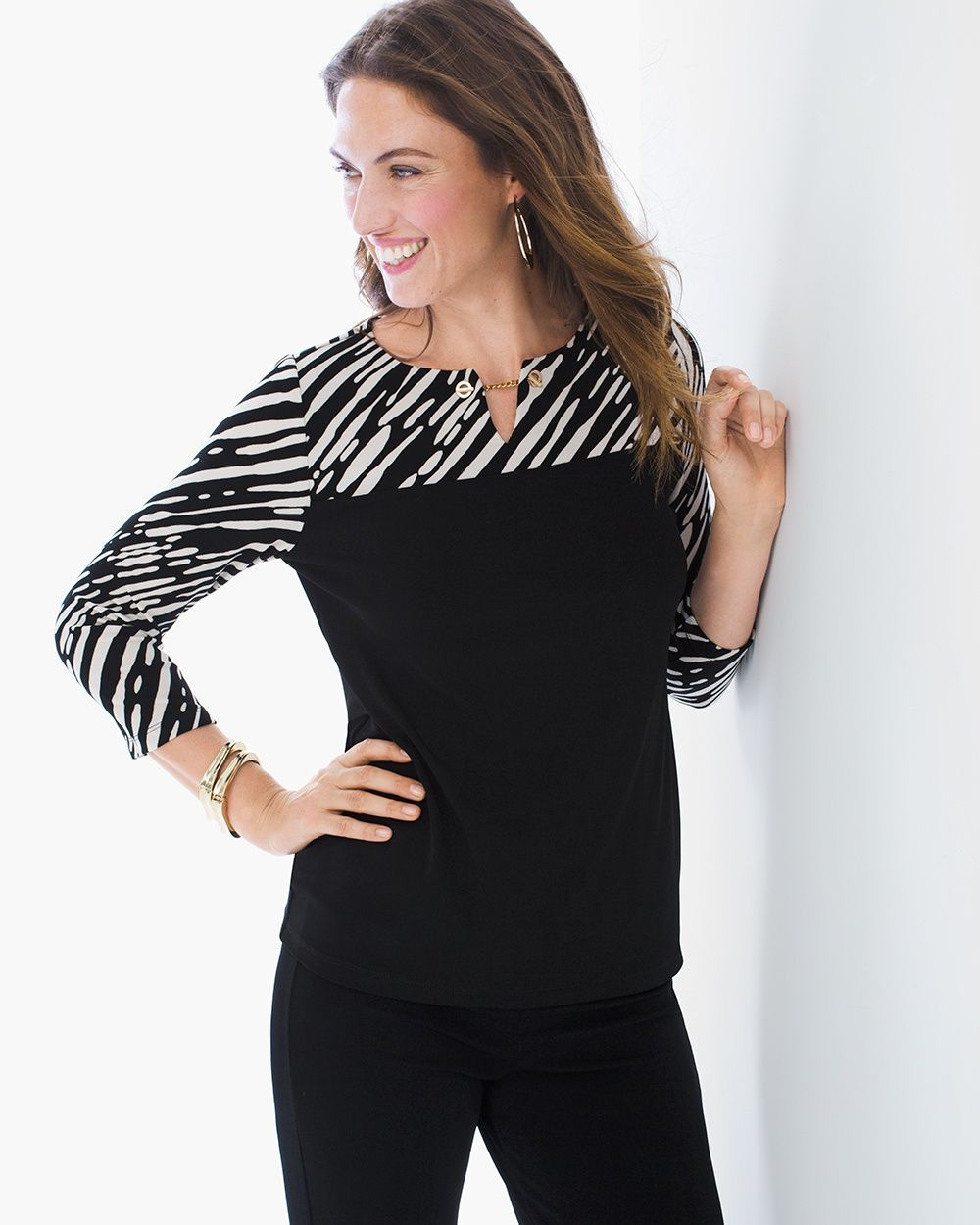 bfb7af6529e8af Chico's Women's Travelers Classic Zebra Chic Printed Top, Black, Size: 4 (20