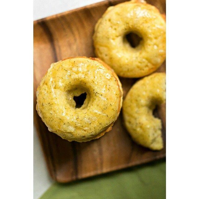 Savory lemon dill doughnuts with havarti, featuring @sabradippingco's newest flavor: Lemon Twist Hummus. So delicious!