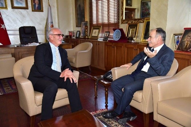 Rektor Akan Dan Veda Ziyaretleri Talk Show Dan Scenes