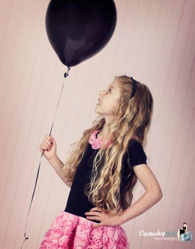babys black balloon needs to fly......