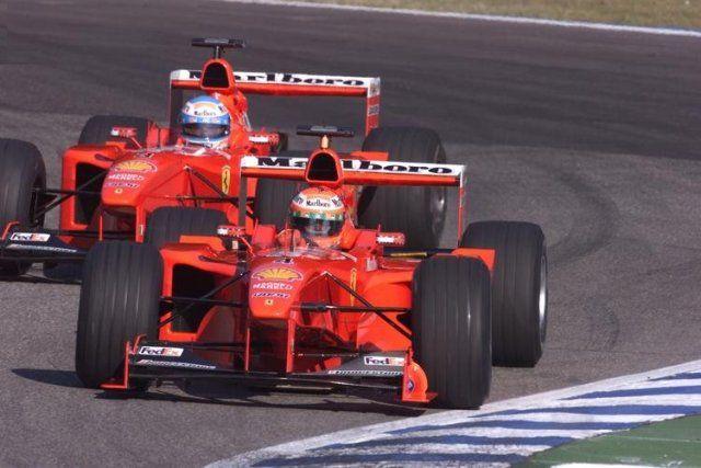 1999 Ferrari F399 (#4vEddie Irvine & #3  Mika Salo)