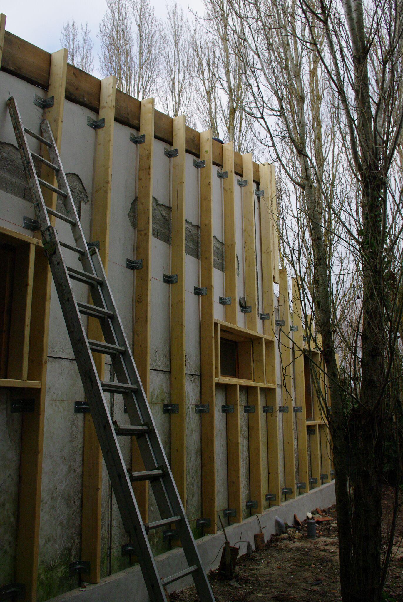 Vivanbois   ITE   Ossature Bois Sur Mur Béton Pour Isolation Thermique  Exterieure En Laine De
